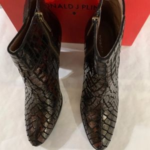 Bronze Crocco Heeled Boot